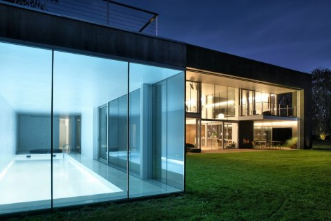 Spectacular Design House